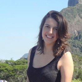 Paula Thaís Antunes Pereira